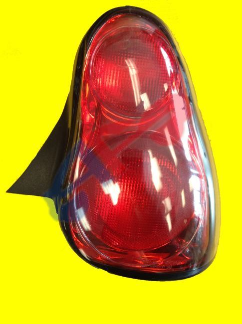 Picture Of Tail Lamp 00 05 Rh Montecarlo