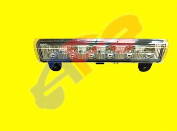 Picture of 3RD STOP LAMP 00-06 LED CLR TAHOE/SUBURBAN/DENALI/YUKON