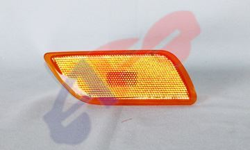 Picture of SIDE MARKER 00-05 RH W/O HID HEAD LAMP FOCUS