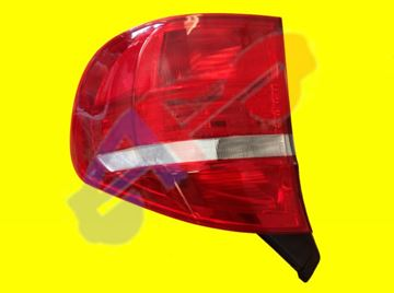 Picture of TAIL LAMP 07-10 RH OUTER X5